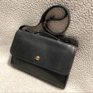 Coach Vintage Avenue Leather Crossbody Bag.